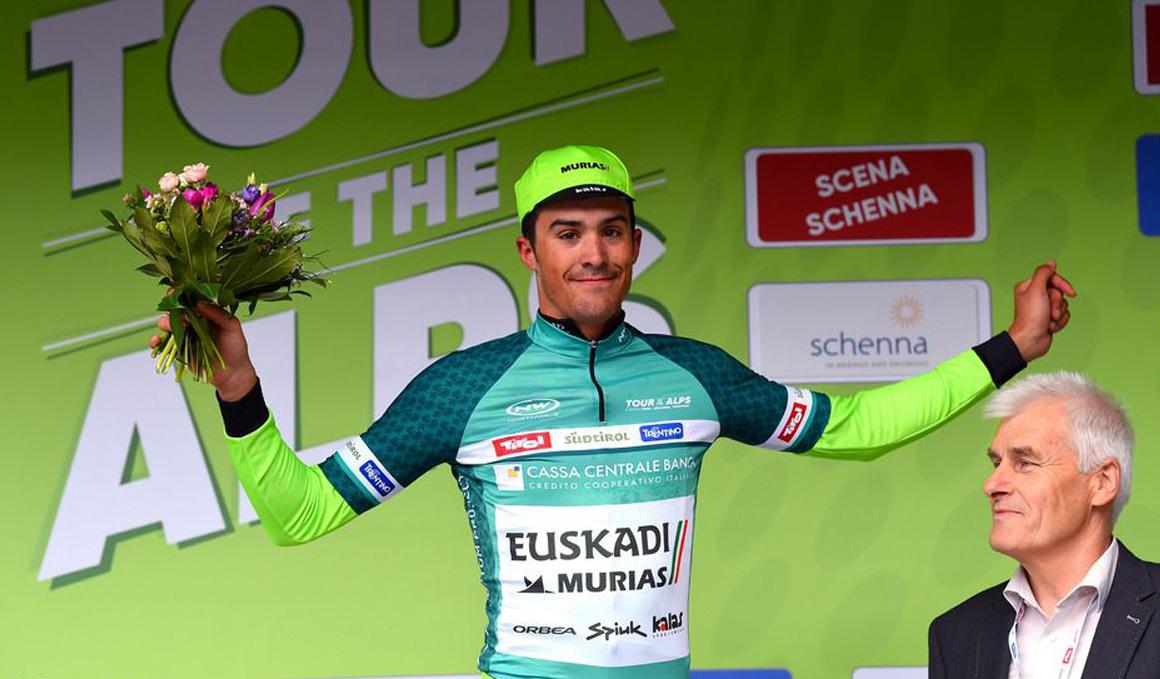 Sergio Samitier, líder de la Montaña en el Tour de los Alpes