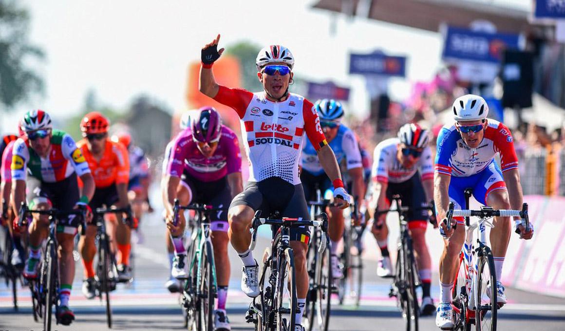 Caleb Ewan repite victoria en el Giro