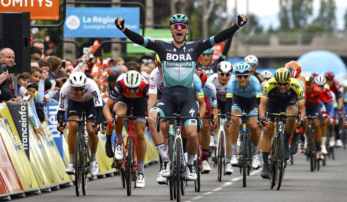 Dauphiné: Sam Bennett gana con facilidad un descafeinado duelo de sprinters