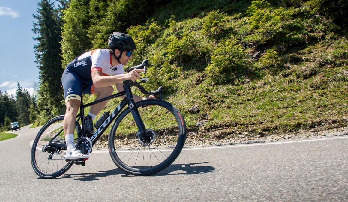 Scott Addict RC Disc 2020, aerodinámica, ligera y carácter de escaladora