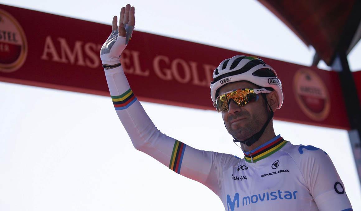 Alejandro Valverde renueva con el Movistar