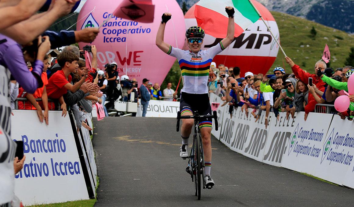 Giro Rosa: Van der Breggen domina en Montasio