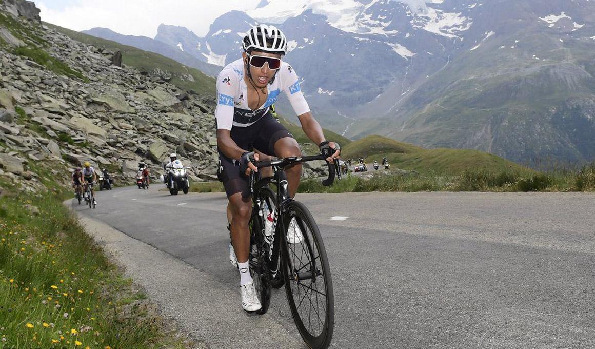Egan Bernal dinamita el Tour en una etapa neutralizada por el granizo