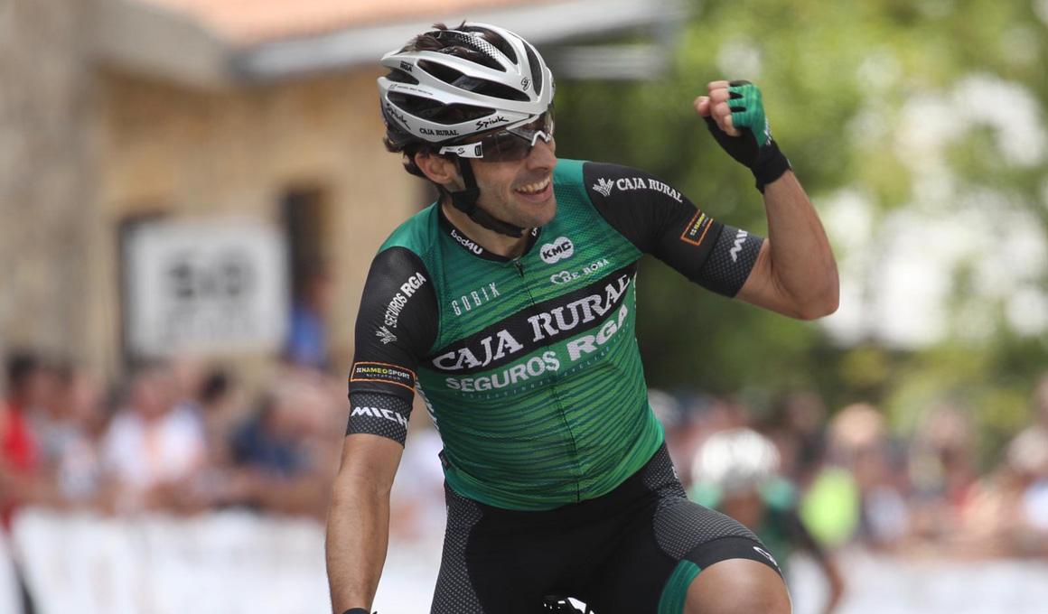 Jon Aberasturi conquista el Circuito de Getxo en un gran día para Caja Rural