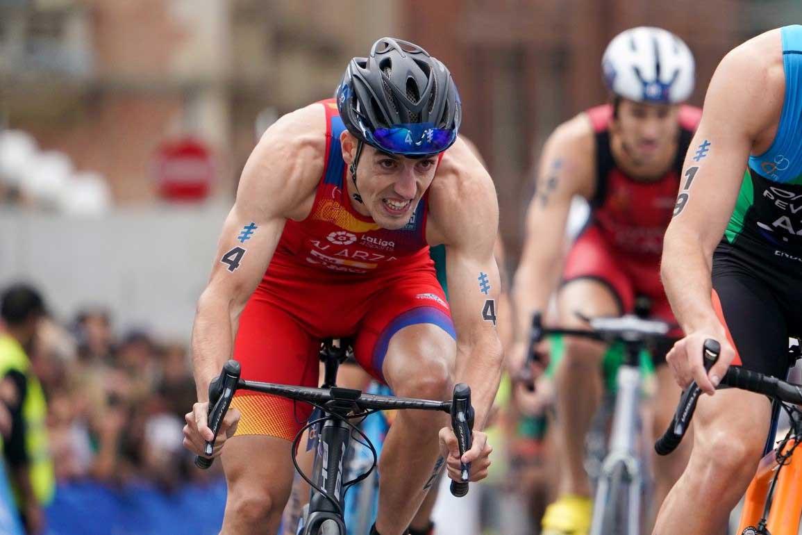 """Entrevista a Fernando Alarza: """"He dejado de jugar a ser ciclista o atleta, ahora entreno más como un triatleta"""""""