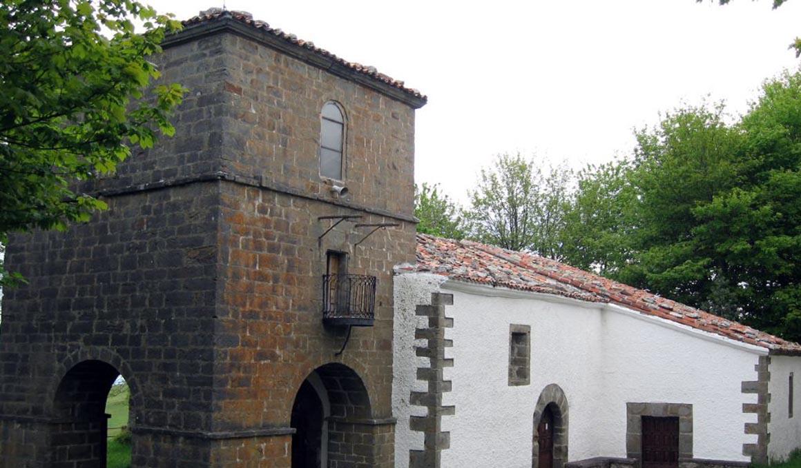 Santuario del Acebo