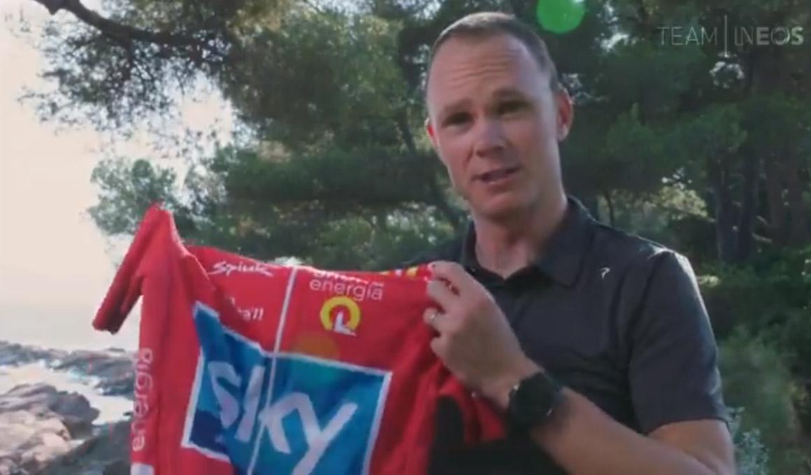 """Froome recibe como """"un tesoro"""" el maillot rojo de la Vuelta 2011"""