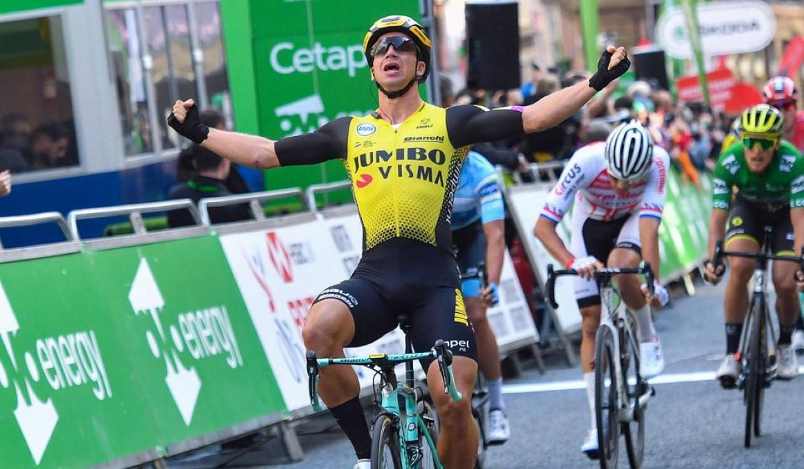 Dylan Groenewegen repite en el Tour de Gran Bretaña
