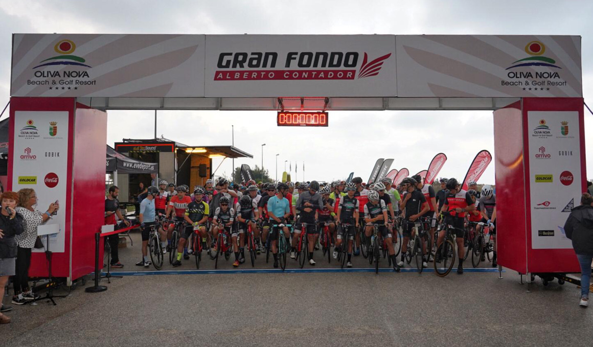 2.000 cicloturistas pedalean en la Gran Fondo Alberto Contador