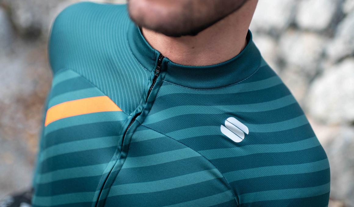 Sportful presenta sus nuevos maillots largos de entretiempo