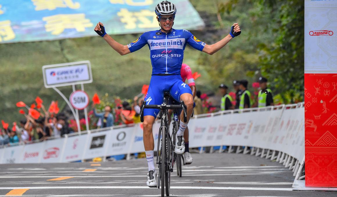 Etapa y liderato para Enric Mas en el Tour of Guangxi