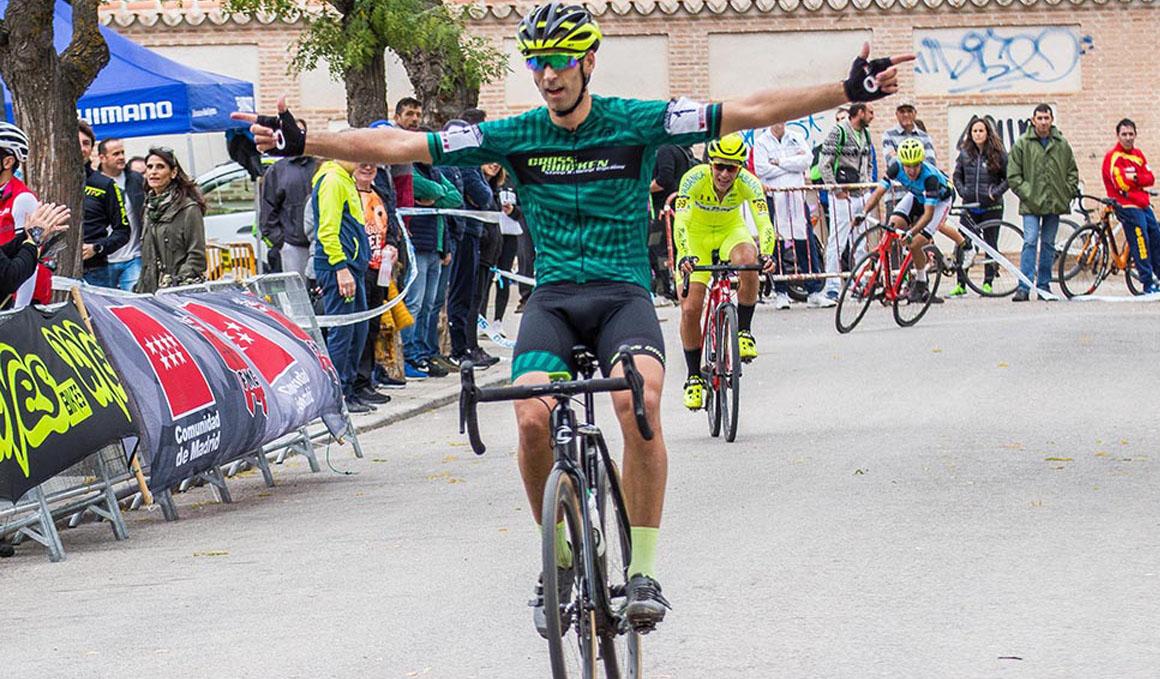 Lozano y Hernández triunfan en el VII Ciclocross de Mejorada del Campo