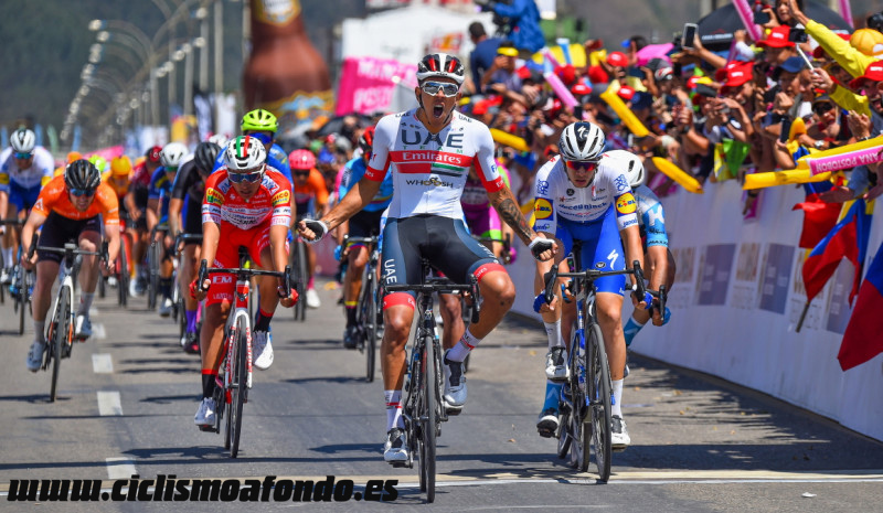 Tour Colombia: Molano se impone con autoridad en el primer duelo de sprinters
