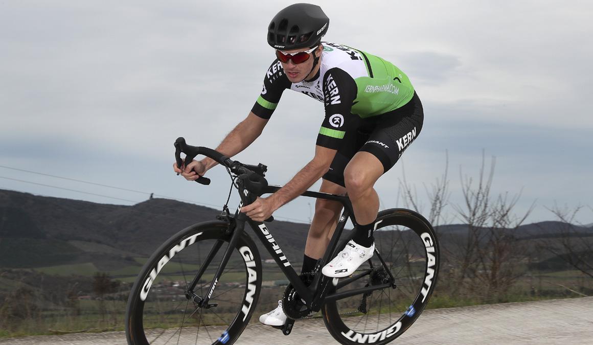 Urko Berrade: ciclismo de futuro para Kern Pharma