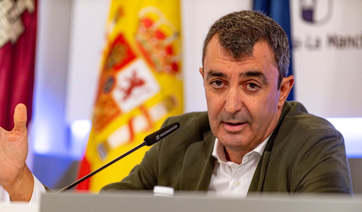 "Javier Guillén: ""La Vuelta trabaja con la idea de que se va a disputar"""