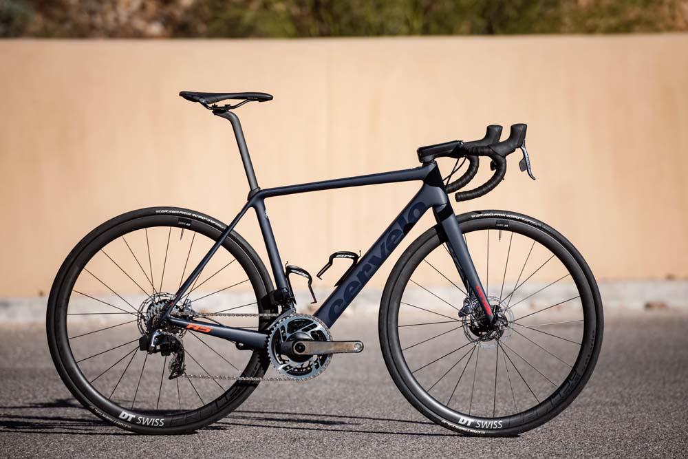 Las nuevas bicis con SRAM RED eTap AXS