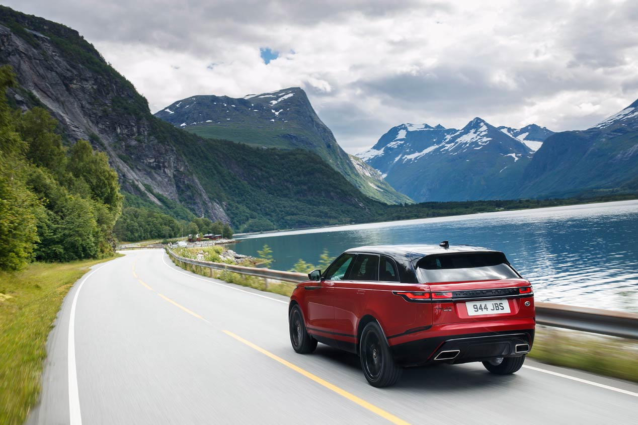 Range Rover Velar, un SUV cargado de deporte (y para cargar la bici)